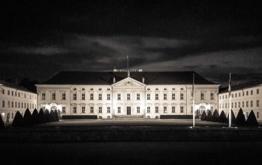 Schloss-Bellevue_Vieregge-MdB
