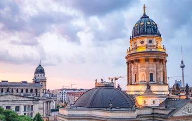 Gendarmenmarkt-Berlin-Sonnenuntergang_Vieregge-Berlin