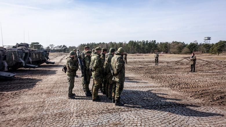 Mit Soldaten in Augustdorf