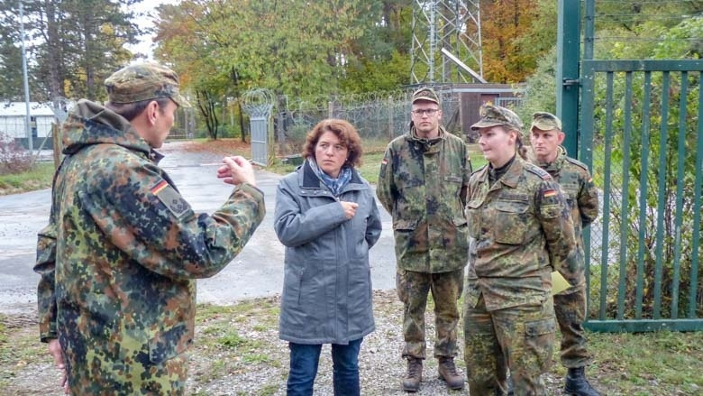 Im Gespräch mit Soldaten des Bataillons
