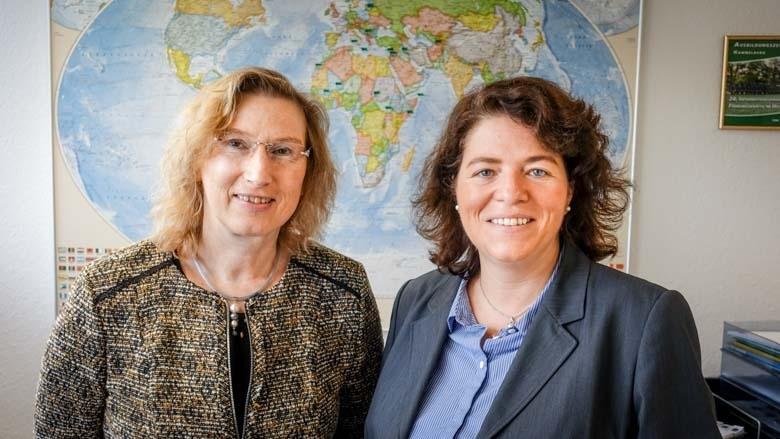 Kerstin Vieregge MdB mit Präsidentin Sabine Grohmann