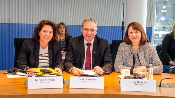 kerstin-vieregge-wird-neues-mitglied-im-tourismusausschuss-im-bundestag